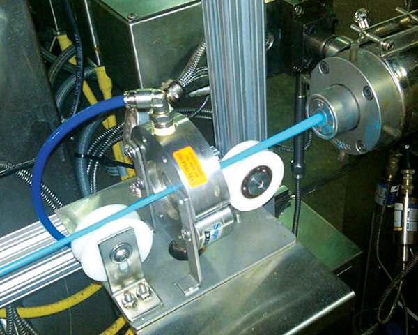 Cortina de Aire Circular Air Wipe en proceso de extrusión.