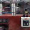 Enfriadores de Tablero Exair mantienen frío gabinete de control en horno de fundición.