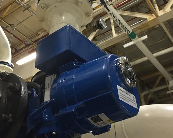 Válvula de control de flujo iCX para control de demanda y mantener una presión de suministro a planta estable.