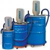 La aspiradora neumática Industrial de uso rudo para polvos Exair está disponible en tamaños de 30, 55 o 110 galones.
